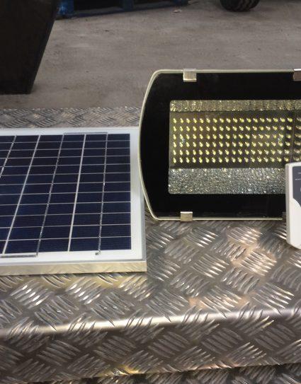 Remote Control Solar Powered Floodlight