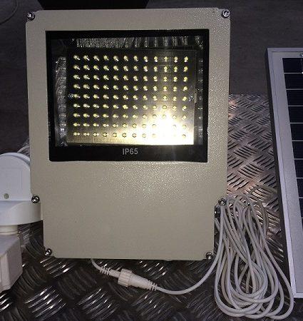 Sensored Solar Flood Light