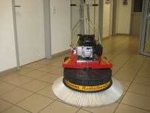 Westermann Axial and Radial Sweeper WR 900